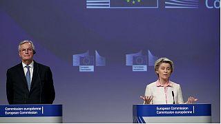 اورزولا فن در لاین، رئیس کمیسیون اروپا و میشل بارنیه، مذاکره کننده ارشد اتحادیه اروپا