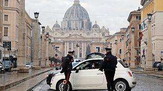 Controlli di polizia a Piazza San Pietro, Roma