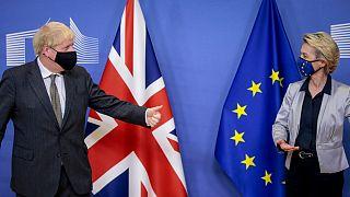 Primeiro-ministro britânico e presidente da Comissão Europeia em Bruxelas há duas semanas