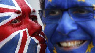 Brexit müzakeleri yürüten AB ve İngiltere ticaret anlaşmasında uzlaştı