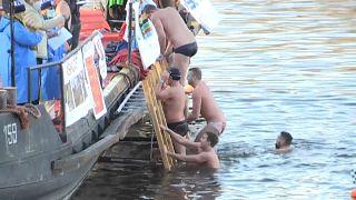 Зимнее купание во Влтаве