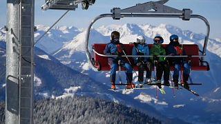 Χιονοδρομικό κέντρο στην Αυστρία εν λειτουργία κατά τη διάρκεια του lockdown στη χώρα. Δεκέμβριος, 2020.
