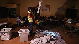 Le Niger en plein décompte après le scrutin de dimanche