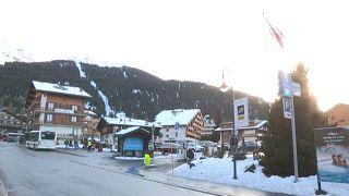 200 britânicos fogem de estância de esqui na Suíça