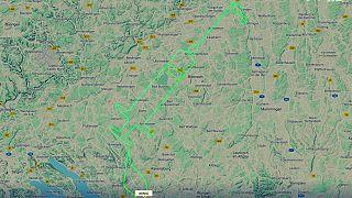 پرواز خلبان آلمانی روی طرح یک سرنگ عظیم
