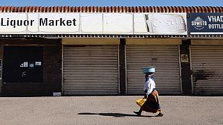 Covid-19 : nouvelles restrictions en Afrique du Sud