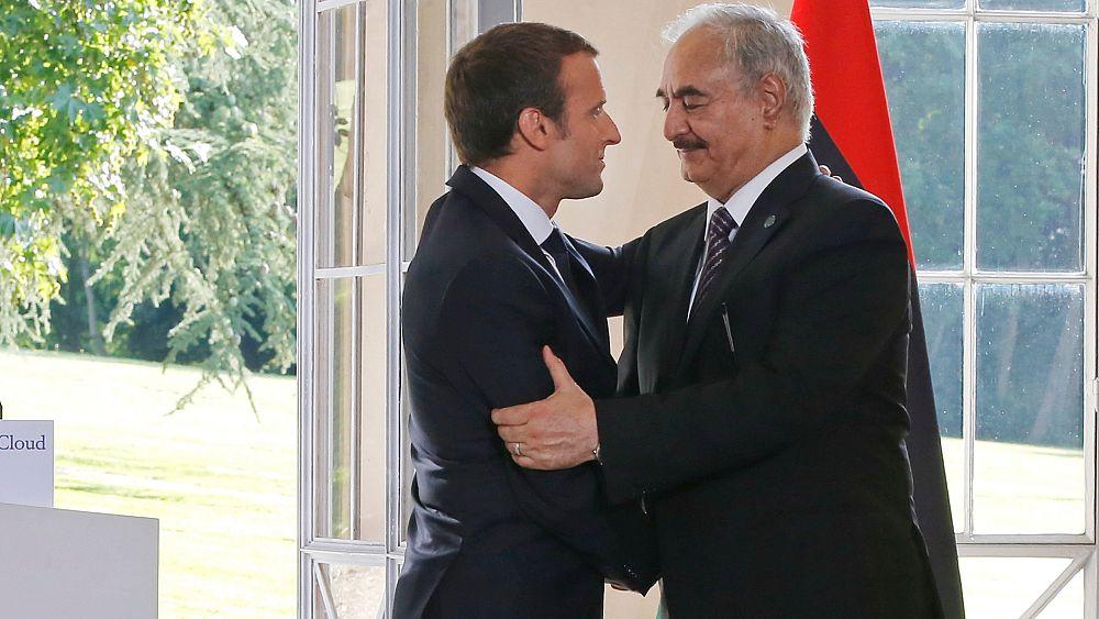 Η Γαλλία ζητά το Haftar: καμία στρατιωτική λύση για τη Λιβύη
