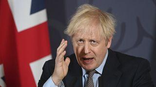 El primer ministro británico Boris Johnson en rueda de prensa en Downing Street, Londres, el jueves 24 de diciembre de 2020.