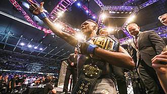 Israel Adesanya wins World MMA Awards 2020