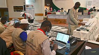 Nigeriens patiently await presidential election results