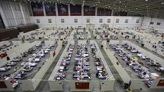مستشفى مؤقت في ووهان في مقاطعة هوبى بوسط الصين