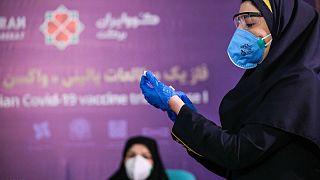 آغاز نخستین مرحله آزمایش انسانی واکسن کووید-۱۹ ساخت ایران