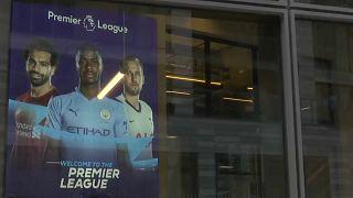 Στη μέγγενη της πανδημίας είναι εγκλωβισμένη η Premier League