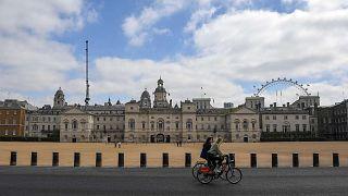 الصورة التقطت أثناء الإغلاق في لندن بسبب تفشي فيروس كورونا، السبت، 25 أبريل 2020