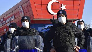 Újabb életfogytiglani börtönbüntetések Törökországban