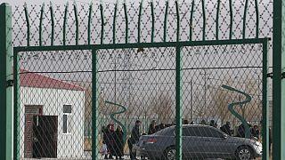 """Çin'in Şincan bölgesinde Uygurların kaldığı """"Artux City Mesleki Beceriler Eğitim Hizmet Merkezi"""""""