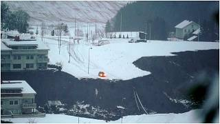 انهيار أرضي بسبب الثلوج في النرويج