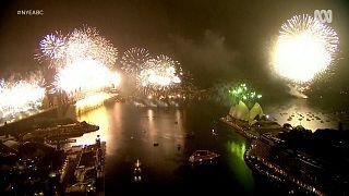 Αυστραλία: Εντυπωσιακά πυροτεχνήματα για το 2021