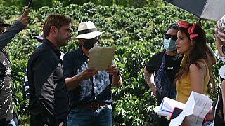 Telenovelas in Kolumbien: Wie zeigt man Leidenschaft in Corona-Zeiten?