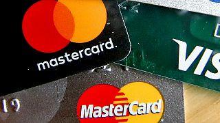 Január 1-től sokkal több helyen lehet kártyával fizetni