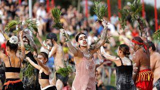 گروهی از بومیان استرالیا در روز ملی این کشور