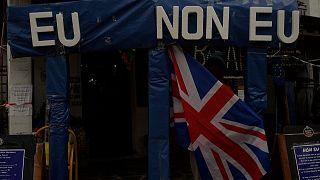 Spain: Anti-Brexit British bar throws mock EU goodbye party
