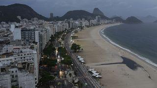 شاطئ كوباكابانا البرازيلي