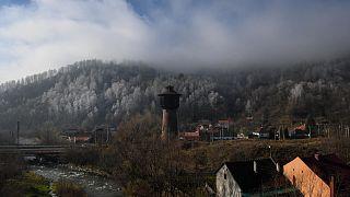 منظر جزئي لمدينة بتريلا، إحدى مدن تعدين الفحم، رومانيا، 24 نوفمبر 2020