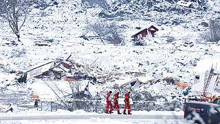 Se desvanecen las esperanzas de encontrar supervivientes del alud que engulló un pueblo en Noruega