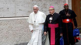Papa Francis Belarus'tan sürülen Başpiskoposun istifasını kabul etti