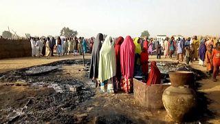 A szombati tömegmészárlás helyszínére érkezett a nigeri miniszterelnök