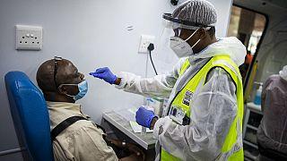 L'Afrique du Sud espère des vaccins pour février