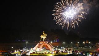 احتفالات شعبية فى ميانمار لاحياء ذكرى الاستقلال عن بريطانيا