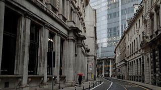 شوارع العاصمة البريطانية لندن فارغة