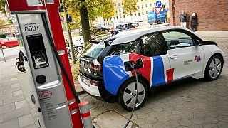 Norveç'te 2020'de elektikli araçların satışı tüm otomobillere oranla yüzde 54.3 olarak gerçekleşti.