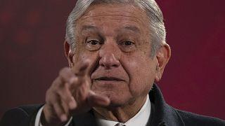 """El presidente de México, Andrés Manuel López Obrador, durante una de sus famosas """"mañaneras"""" o ruedas de prensa matutinas."""