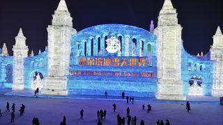 منحوتات جليدية في مهرجان هاربين السنوي للجليد والثلج في هاربين