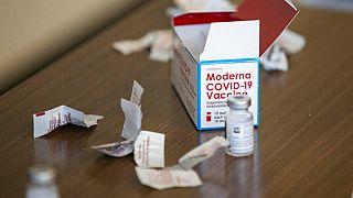 Der Moderna-Impfstoff wird in den USA bereits in der Praxis geimpft