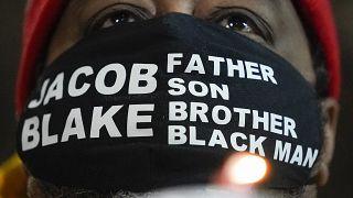 اعتراض به تیراندازی های پلیس به سیاه پوستان