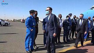 وزير الخزانة الأمريكي ستيفن منوتشين في السودان