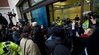 Assange'ın duruşmasının yapıldığı bina