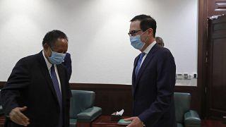 حمدوك مع وزير الخزانة الأمريكي
