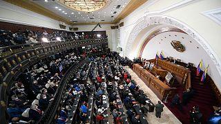 خلال انعقاد الجلسة الأولى خلال انعقاد الجلسة الأولى في الجمعية الوطنية في كاراكاس ، فنزويلا ، الثلاثاء 5 يناير 2021
