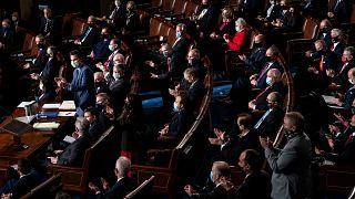 Des militants pro-Trump envahissent le Congrès