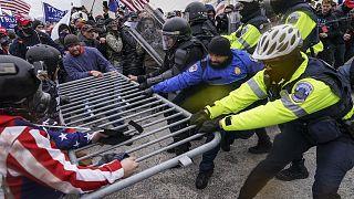 Rendőr áldozata is van a Capitolium ostromának