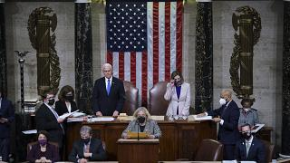 Mike Pence et Nancy Pelosi au Congrès