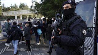 Gözaltına alınan 40 şüpheliden 24'ü adliyeye sevk edildi