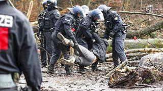 Polizeieinsatz im Dannenröder Forst - am 7.12.2020