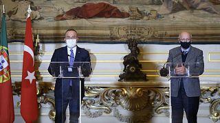 Dışişleri Bakanı Mevlüt Çavuşoğlu Portekizli mevkidaşı Augusto Santos Silva ile basın toplantısı düzenledi