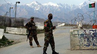 سربازان امنیتی در افغانستان